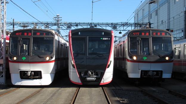都営5327F・5501F・5307F 3並び