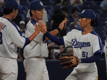 京田選手とか。