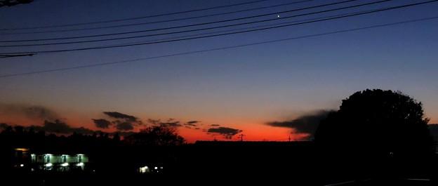 夕暮れの空・・・3   02:09(17:52)