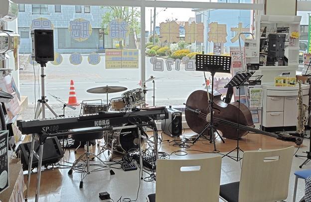街の電器屋さん ジャズライブ 1 2017-04-16