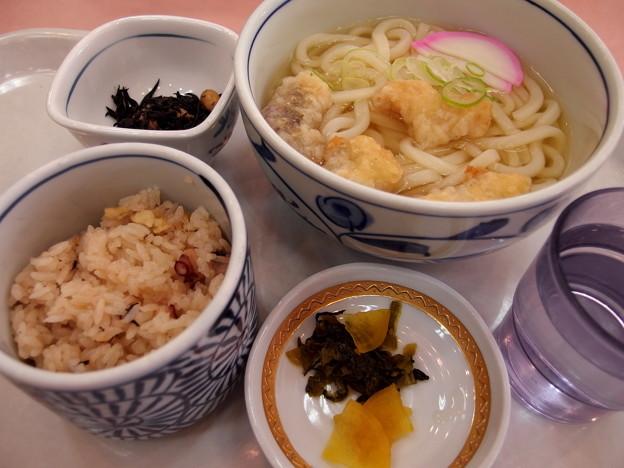 Photos: 休暇村大久野島のタコうどん定食
