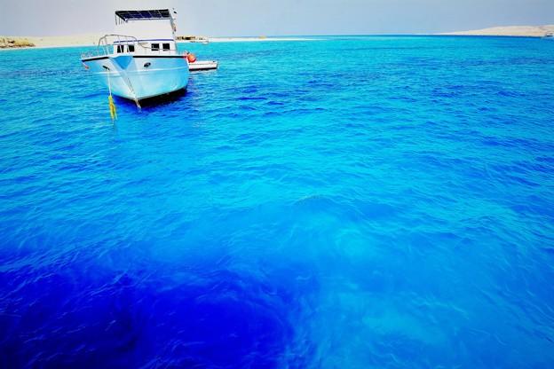 コバルトブルーの海2)