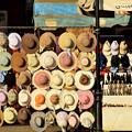 広場の帽子屋さん