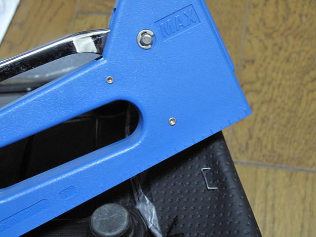 写真: IMG_8729 MAX製ホビータッカーではダメ