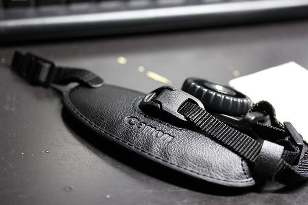 Photos: Canon Hand Strap E2(キヤノン ハンド ストラップ E2)