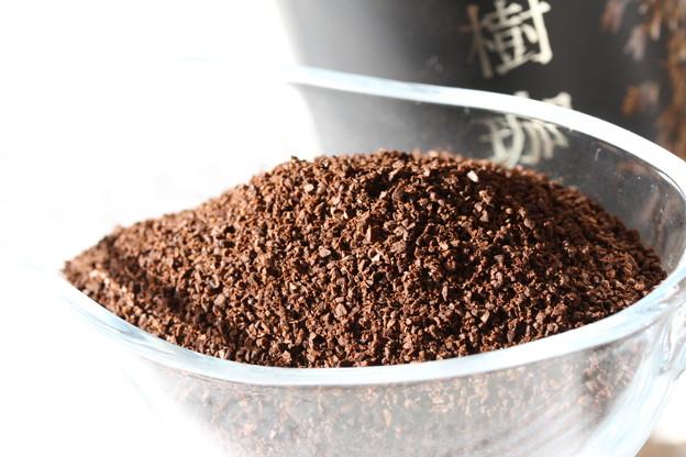 KALDI Precious Beans Of 100 Years Old Coffee Tree 挽かれた豆