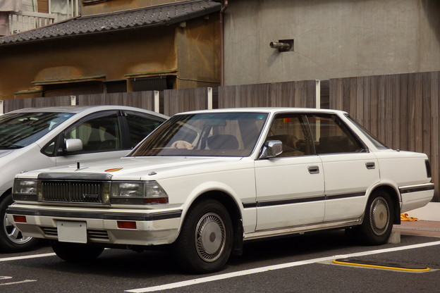 Photos: ニッサン・セドリック(6代目[Y30型系]後期型)