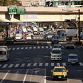 写真: 歩道橋からの眺め…日比谷通り