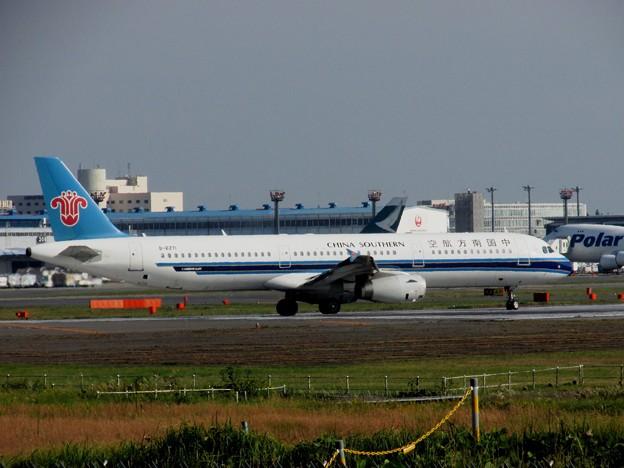 A321200B-6271成田141030