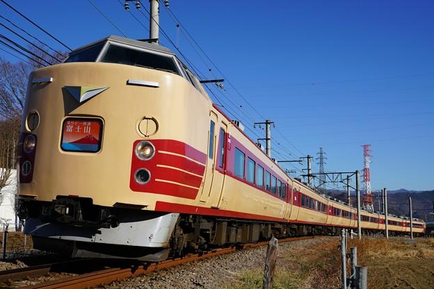 189系M51編成「ホリデー快速富士山」@赤坂~都留市