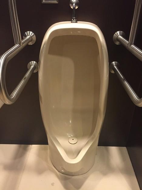 メルパルク広島のトイレ その2
