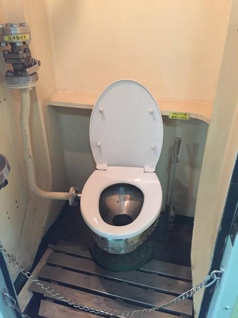 潜水艦あきしお艦のトイレ