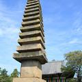 写真: IMG_6711般若寺・十三重石塔(重要文化財)と本堂
