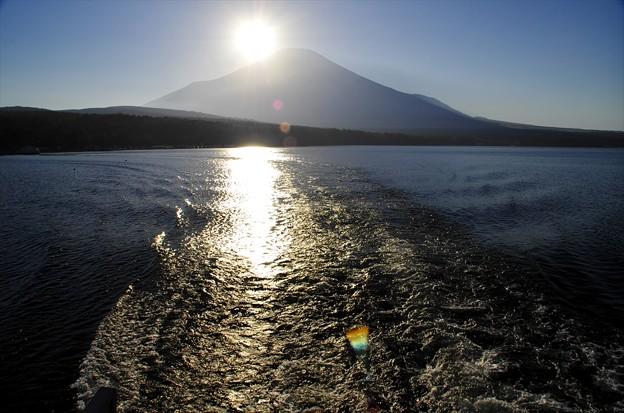 2014ダイヤモンド富士01「いよいよ出航」
