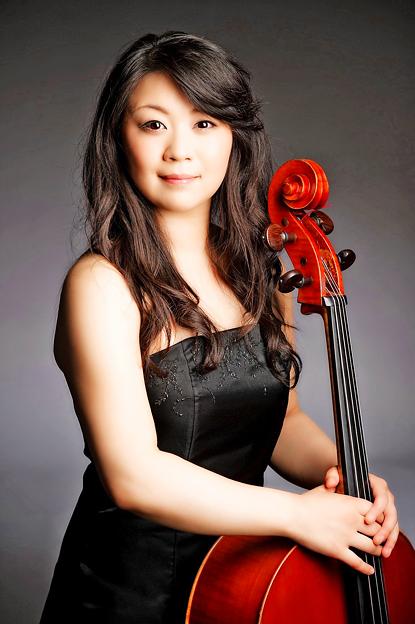 関根優子 せきねゆうこ チェロ奏者 チェリスト Yuko Sekine