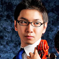 写真: 杉田一芳 すぎたかずよし チェロ奏者 チェリスト       Kazuyoshi Sugita