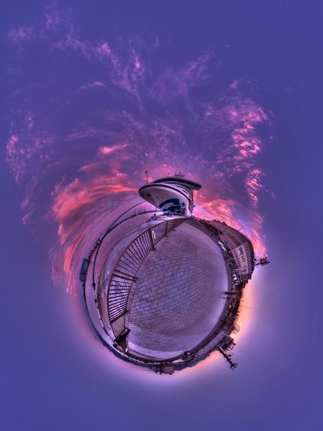清水港 ダイヤモンドプリンセス寄港  夕景  LIttle Planet  HDR