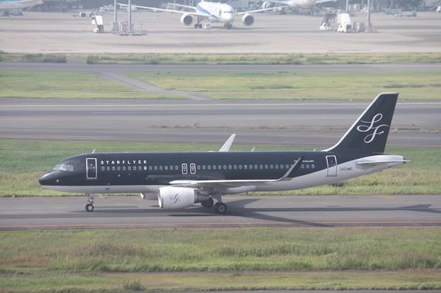 スターフライヤー A320‐200 JA24MC