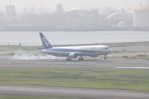 全日空 ANA B767‐300 JA8674