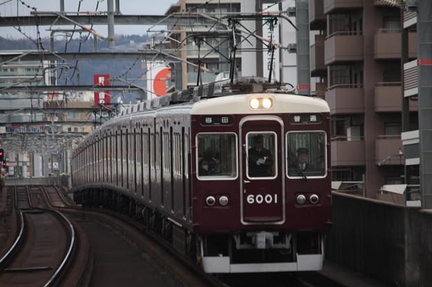 阪急宝塚線 6000系6001F 普通 阪急梅田 行