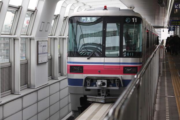 大阪モノレール 2000系2111F