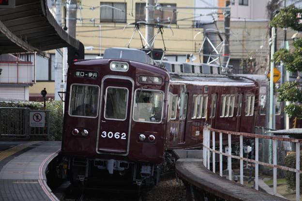 阪急伊丹線 3000系3062F 塚口入線