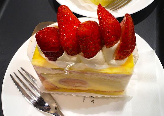 写真: 苺ケーキ
