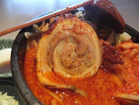麺ぐるい 鉄鍋キムチ麺 辛さシャア チャーシューアップ