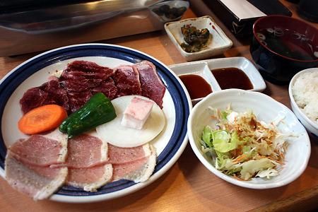 2010.08.22(SUN)/八街・榎久 牛豚焼肉定食 780円