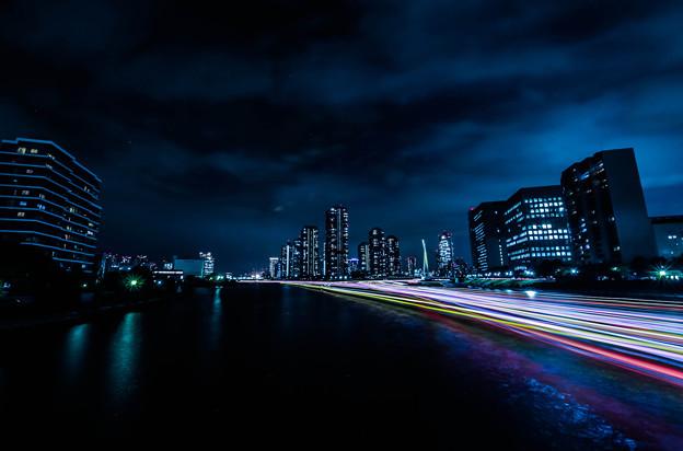 写真: 永代橋から