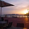 写真: 千葉新港埠頭桟橋にて