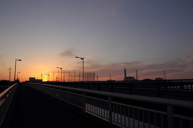 大橋の夕景