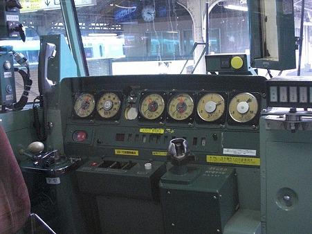 117-運転台
