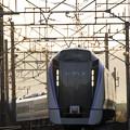 写真: 新型特急電車E353系、現る