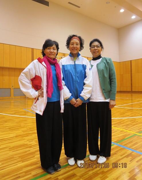 恩師  李徳印先生、夫人方先生、娘さん李〓先生と一緒に撮るの写真2