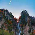 写真: 飛行機雲ー銀河の滝