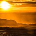 写真: 初冬の夕陽
