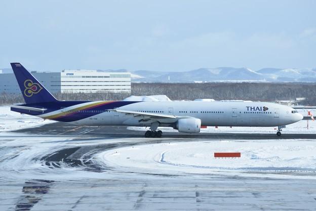 写真: Boeing 777-300 タイ国際航空 HS-TKA