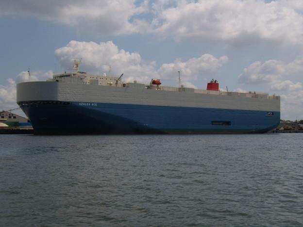 自動車専用運搬船 AZALEA ACE