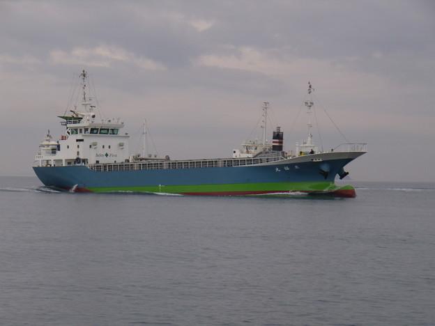 東播磨港を目指す来福丸