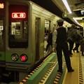 Photos: 都営新宿線篠崎駅2番線 都営10-270F各停本八幡行き
