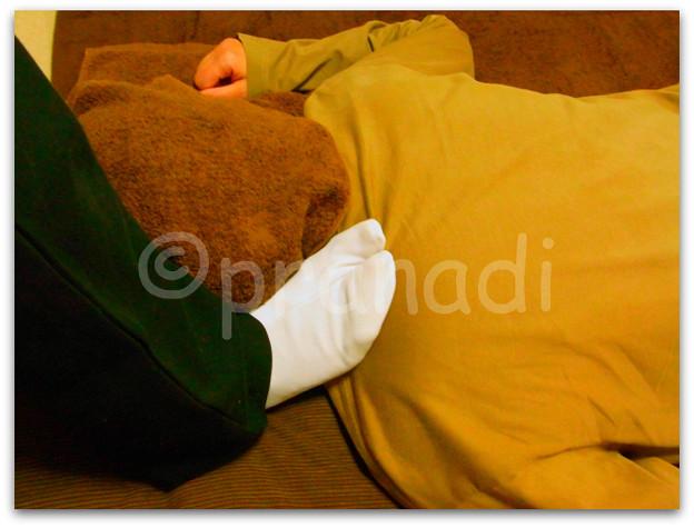 【施術写真】肩(首の付け根~肩先)