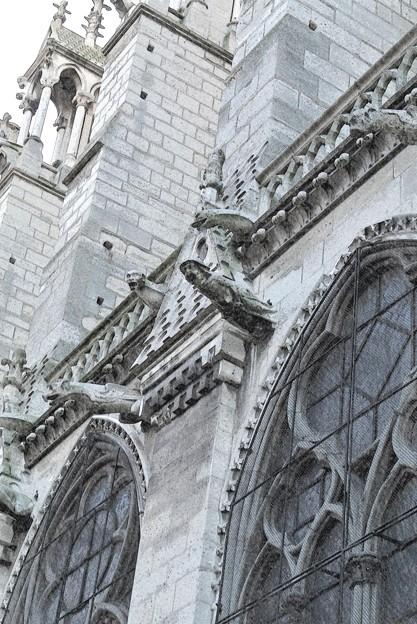 ノートルダム寺院側面