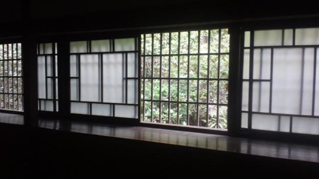 レトロな窓
