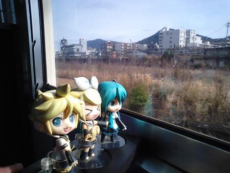 小倉→門司間。 レン:「関門連絡の415系で、ボックスシート車ってま...