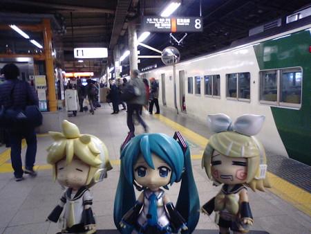 ■(車中泊)  → 東京  5:05  9390M 快速「ムーンライトながら」 ...