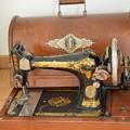 Photos: sewing machine -1