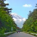 写真: Road to Mt. Fuji