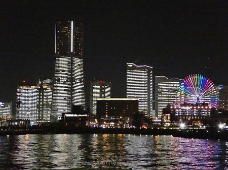 171222-みなとみらい全館点灯 大桟橋 (30)