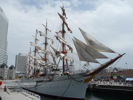 100429-日本丸 総帆展帆-76
